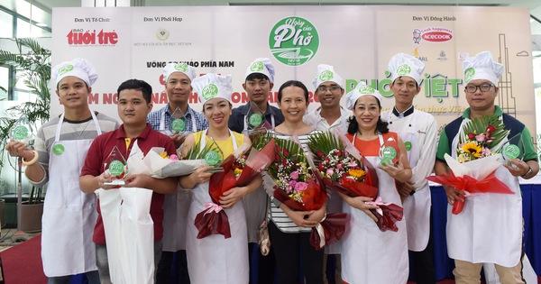 Đi tìm người nấu phở ngon cùng 'Ngày của phở 12-12' tại Hà Nội