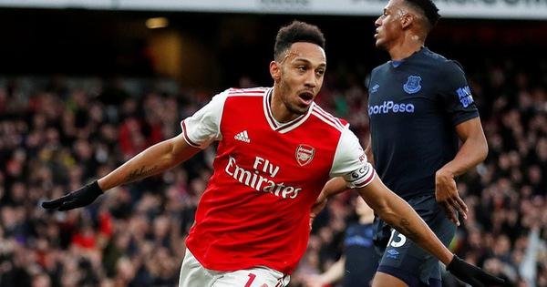 Aubameyang lập cú đúp, Arsenal thắng nghẹt thở Everton - xs thứ sáu