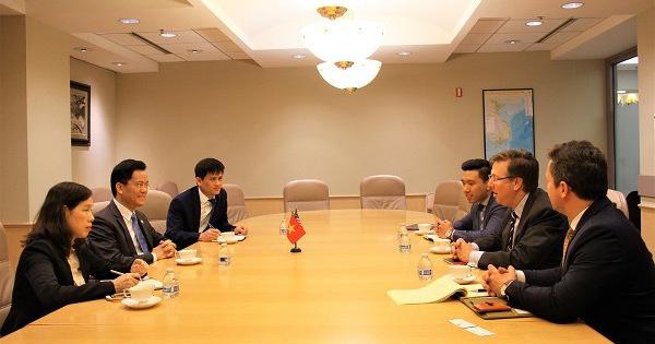 Việt Nam thúc đẩy hợp tác với Mỹ, cung cấp thông tin 'Việt Nam an toàn' về tình hình COVID-19
