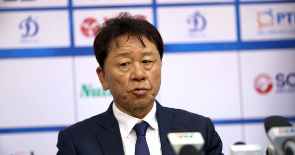 HLV Chung Hae Soung: 'Tôi phản ứng trọng tài để bảo vệ các cầu thủ của mình'