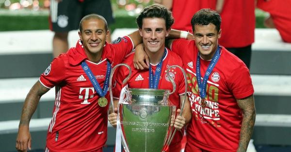 Cả mùa đá được 10 trận, cầu thủ Bayern vẫn có được cú... ăn 5