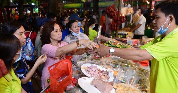 Lễ tết đa màu sắc tại Lễ hội Tết Việt