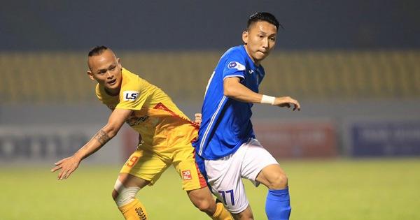 CLB Than Quảng Ninh chi 4,5 tỉ đồng trả lương cho cầu thủ, không bỏ trận đấu với Hà Nội