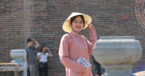 Nắng nóng, nghỉ lễ ngắn, người Đà Nẵng, Huế chọn điểm vui chơi đơn giản