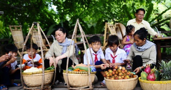 Vui tết cổ truyền ở làng nghề Một Thoáng Việt Nam