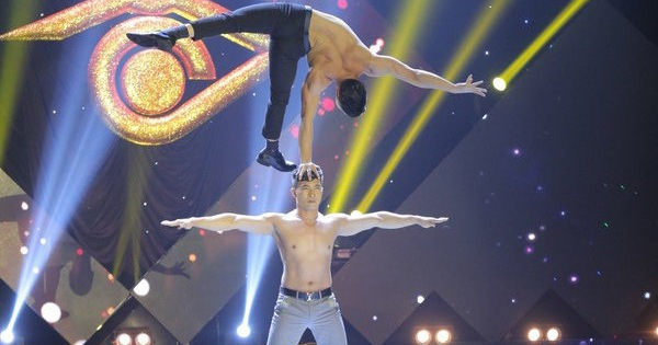 Xem clip lộ diện top 4 chung kết Én vàng 2016