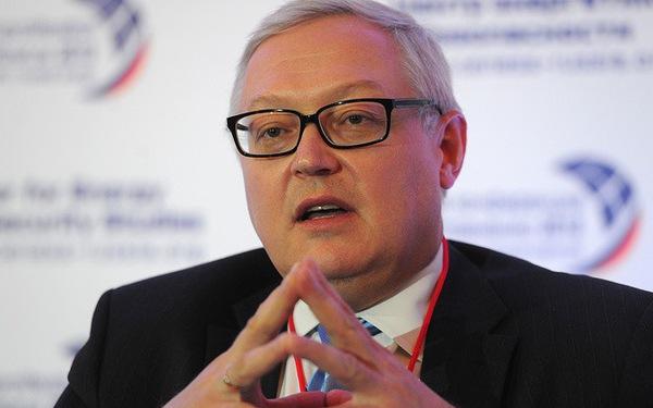 Trước thềm APEC, Mỹ lại cấm vận Nga