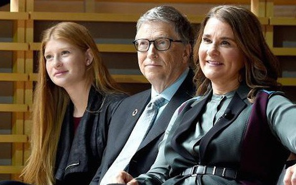 Michelle Obama, Warren Buffett và Bill Gates dạy con ra sao?
