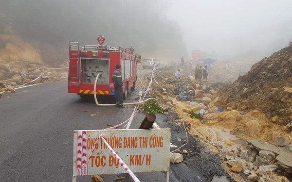 Sạt lở nghiêm trọng tại đèo Khánh Lê, tuyến Nha Trang - Đà Lạt tê liệt