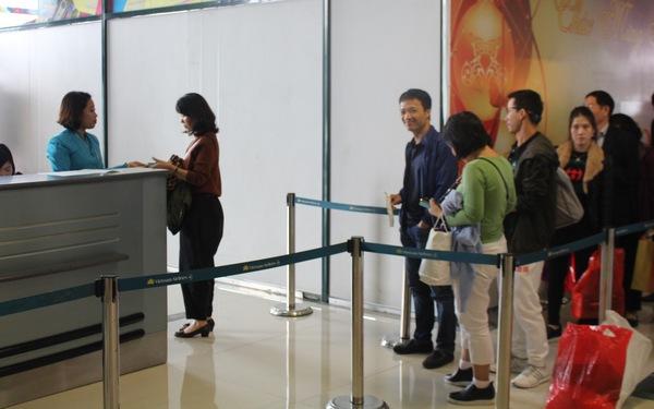 Hành khách đánh giá cao thái độ nhân viên sân bay Tân Sơn Nhất