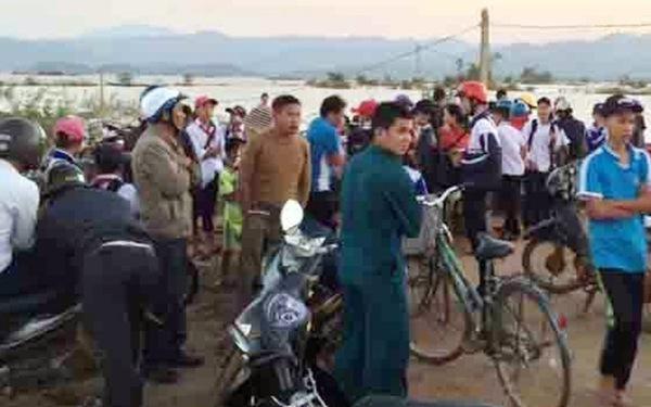 Tìm thấy thi thể hai học sinh bị lũ cuốn trên sông Krông Ana
