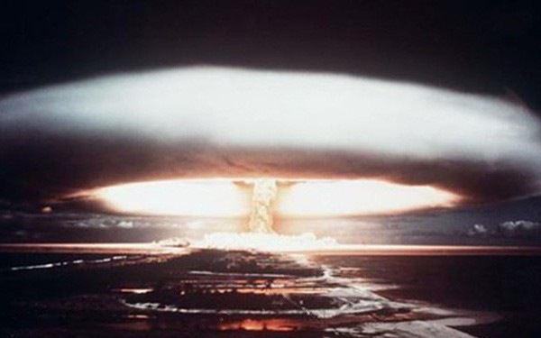 """Thế giới chỉ còn cách cuộc chiến tranh hạt nhân """"một cơn giận dữ"""""""