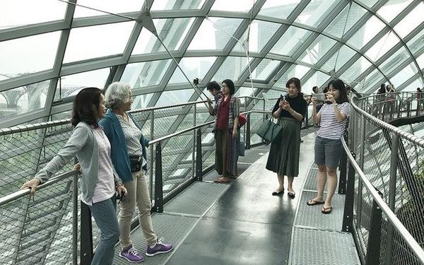 Khách du lịch Việt nằm trong top 'chịu chi' nhất ở Singapore