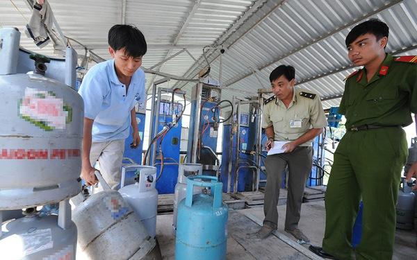 Bộ trưởng buồn vì công chức vô can khi nạn gas giả tràn lan