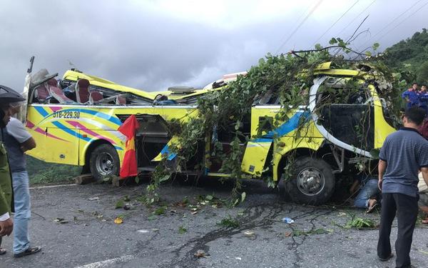 Hai tỉnh hỗ trợ nạn nhân xe khách lao xuống vực ở đèo Hải Vân