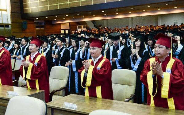 Trường ĐH ở TP.HCM đào tạo sau tiến sĩ miễn phí, trả lương cho người học