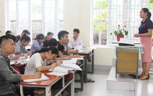 Cả lớp 38 em chỉ có 1 học sinh xét tuyển đại học