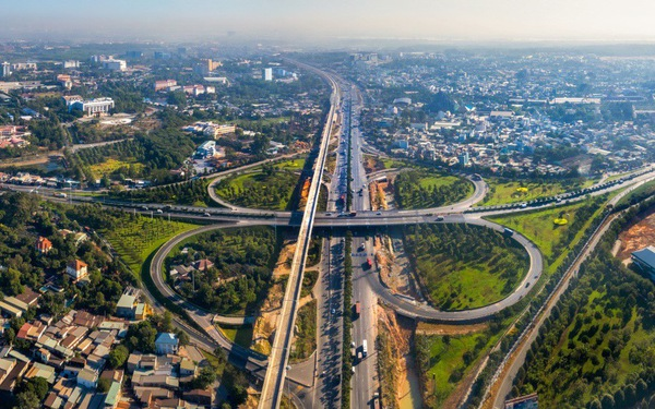Vốn FDI rót mạnh vào bất động sản, khu Đông TP.HCM hưởng lợi ra sao?
