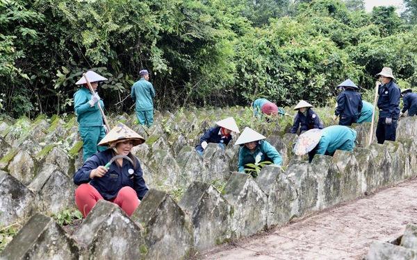 Phát hiện gần 3.000 mộ 'vô danh' hoang lạnh khói hương, không ai coi sóc