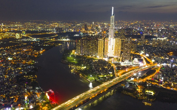 Ngắm Sài Gòn - thành phố hoa lệ bên những dòng sông