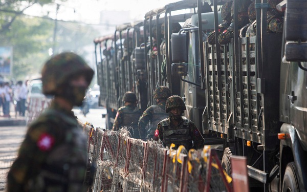 Hãng tin Reuters: Myanmar cấm lãnh đạo các công ty viễn thông xuất cảnh