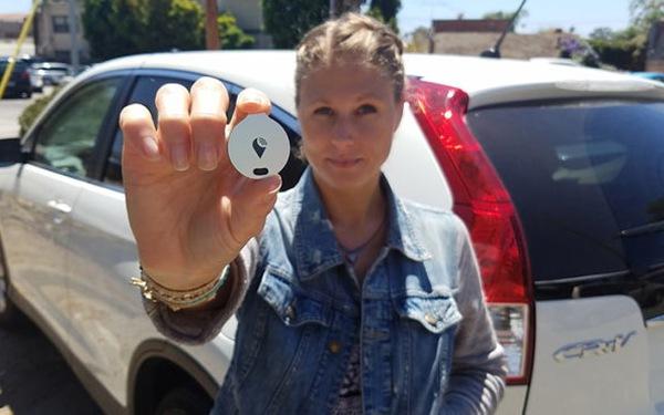 Thiết bị nhỏ xíu theo dõi xe hơi của bạn