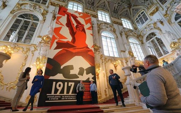 100 năm, nhìn về một dịch chuyển lịch sử