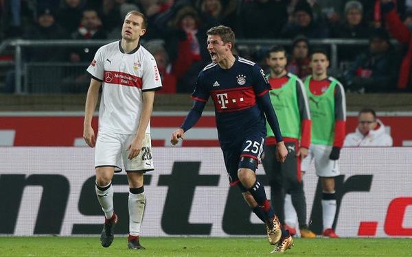 Đá bại Stuttgart, B.M bỏ xa Schalke 11 điểm