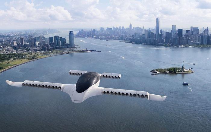Taxi bay đầu tiên trên thế giới đạt vận tốc 100km/giờ