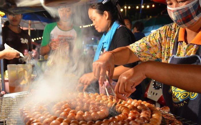 Thái Lan 'làm sạch' thức ăn đường phố để hút du lịch