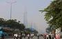 Sương mù bao phủ TP.HCM, các tòa nhà cao tầng 'biến mất'