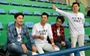 Cựu danh thủ Ahn Jung Hwan mặc áo vinh danh HLV Park Hang Seo