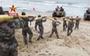 Nghe tin Bắc Kinh tập trận chiếm đảo, Đài Loan điều 200 lính chiến ra phòng thủ